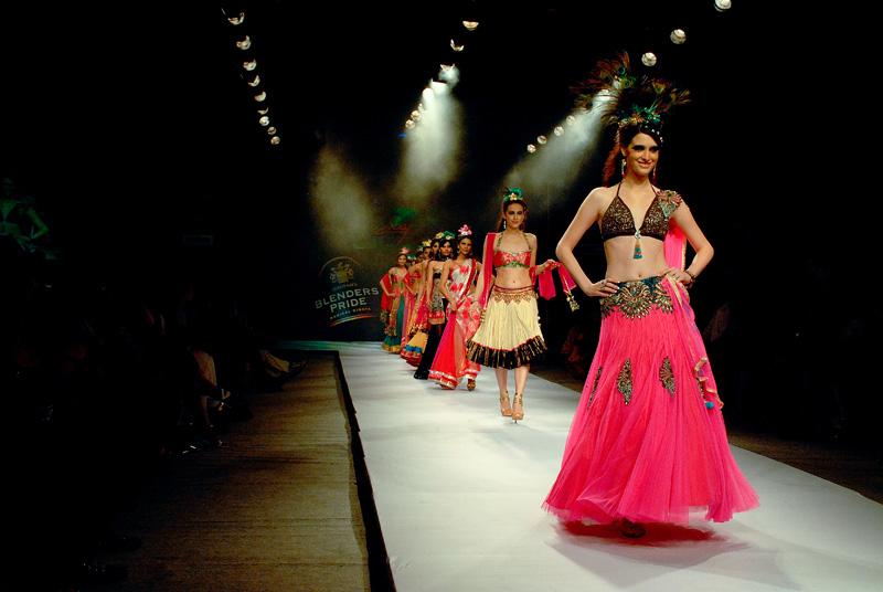 5 Tips on Organizing a Fashion Show